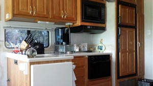 Kitchen counter and refrigerator