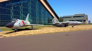 Delta Dart from the 1950s next to the MIG