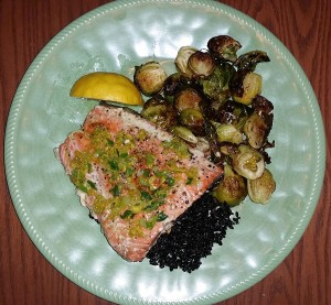 Salmon filet with sauteed ginger and scallions