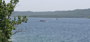 Amphibious tour vehicle in Table Rock Lake