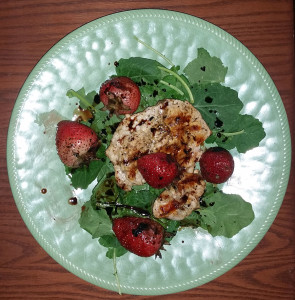 Grilled chicken and strawberries