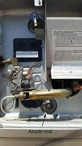 Water heater and anode rod