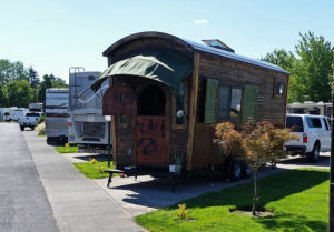 Tiny house trailer