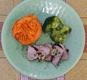 Pork tenderloin with sweet potato and broccoli