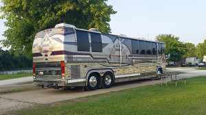 Country Coach Prevost XL chassis
