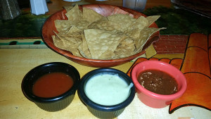 Tres salsa and chips