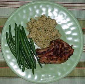 Lamb chop with green beans and rice
